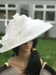 PETER BETTLEY IVORY WEDDING HAT MOTHER OF THE BRIDE FORMAL OCCASION RACES