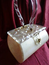 VINTAGE CREAM COLOR MARBLEIZED LUCITE PURSE CLEAR CARVED DAISY FLORAL CUT LID!