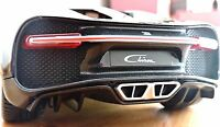 Bugatti Chiron RED and Black 1:18 CR7 Bburago Diecast Model Car in window box