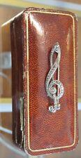 Art Deco Brosche  Notenschlüssel  in 835er Silber und Markasiten