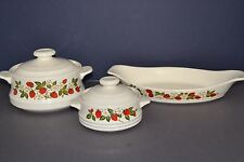 VINTAGE SHEFFIELD STRAWBERRIES  'N CREAM STONEWARE 5 PC SET