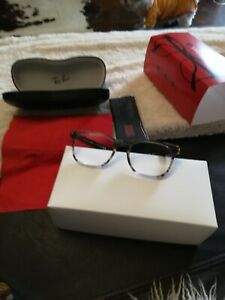 Reading Eye Glasses.Ray Ban. Turtle shell frame.Brown color. -3 dioptric.