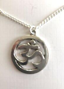 "OM OHM AUM YOGA HINDI OMKARA  Charm Necklace 20"" Silver Plated chain Gift Bag"