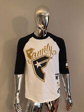 "New Famous Stars & Straps ""Family"" T Shirt Size M"