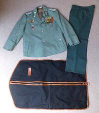 Uniform della polizia popolare DDR Major da 1973 con Orden & absolventenabzeic, un149
