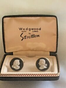 "STRATTON/WEDGWOOD DARK BLUE JASPER CAMEO ""ROYALTY"" CUFF LINKS BOXED"