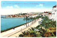 CPA 06 Alpes-Maritimes Cannes La Promenade de la Croisette et le Mt Chevalier