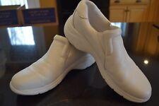 Nurse Mates White Clog Shoes Dove #229904 EUC Clean Nursing Sz. 9M Leather
