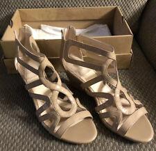 ISOLA Wedge Heels Womens Shoes SZ 9.5M (Nordstroms)
