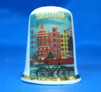 Birchcroft Porcelain China Collectable Thimble Travel Poster Madrid Box