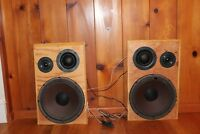 2 Vintage Pyle Driver Woofers Tweeters and Mid Range