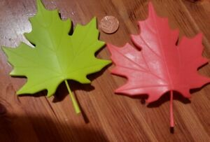 MAPLE SYCAMORE RED + GREEN RUBBER LEAF DOOR STOPPER
