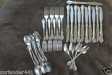 32 pieces Oneida Arbor Rose/True Rose Stainless Flatware