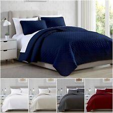 Chezmoi Collection 3-Piece Geometric Quatrefoil Oversized Bedspread Quilt Set