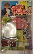 McFarlane Toys Austin Powers Mini Me & Mr. Bigglesworth Action Figure Series 2