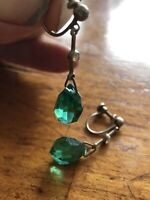 1930s GREEN DROP EARRINGS SCREW FASTENING  3.5 LONG X 1CM SMALL DELICATE DAINTY