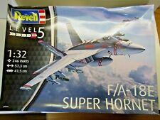 Airplane Model Kit Revell Fa-18e Super Hornet 1 32