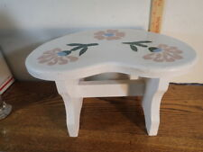 Kids Wooden Step Stool Hand Painted White Country Style One Step Sturdy Design
