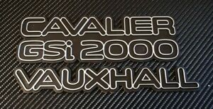 Reproduction Cavalier GSI 2000 + Vauxhall Badge