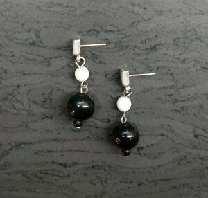 Black and White Beaded Dangley Earrings (Blk124)