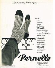 PUBLICITE ADVERTISING 085  1956  Les chaussettes en laine PERNELLE