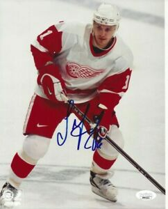 Sergei Fedorov Autographed 8x10 Detroit Red Wings JSA Free Shipping C209
