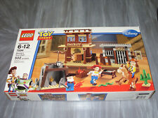 Lego Toy Story #7594 Woody's Roundup! NEW & Sealed  502 Pieces!