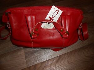 RADLEY NEW WITH TAGS EXCELLENT CONDITION PILLAR BOX RED EPPING SMALL RRP £149