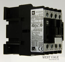 Robusta-tp1d1201 b7 - 12 A 5.5 KW 415 V ac3 - 3 pole contactor with 24vac Coil.