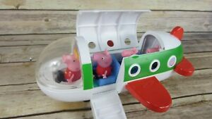 Jazwares Peppa Pig Holiday Plane Jet Airplane Vacation With 4 Figures