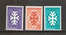 Nederland    Nummer  927/929   Postfris.