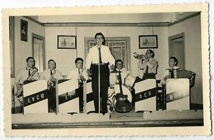artistes de variétées   LVCO ET SES BOYS  ( photo )  année 50    (5)