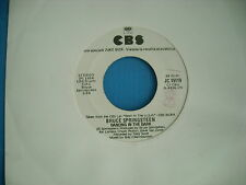 45 GIRI BRUCE SPRINGSTEEN DANCING IN THE DARK / BONNIE TYLER HOLDING OUT FOR
