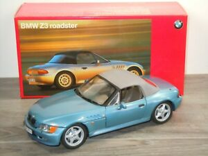 BMW Z3 Roadster (Closed Roof) - UT Models 1:18 in Box *50929
