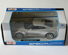 Maisto - 2009 NISSAN GT-R - Model Scale 1:24