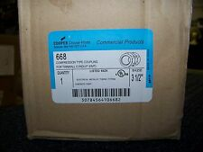 Cooper Crouse-Hinds Compression Type Coupling For Thinwall Conduit Emt 4 Each