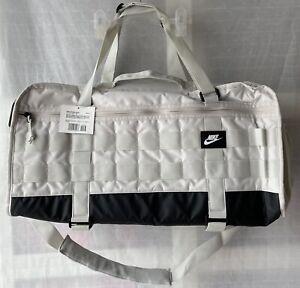 Nike Sportswear RPM Duffel Holdall Bag CQ3833-072 Light Bone 49 Litres New