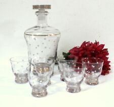 Ancienne carafe à pois blancs et ses 6 verres à shot