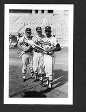 Hank Aaron BRAVES UNSIGNED  3-1/2 x 5-1/8 ORIGINAL TYPE 1 B&W SNAPSHOT PHOTO #11