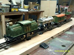 Lionel 1928 #252 engine with 804, 805, &807 cars