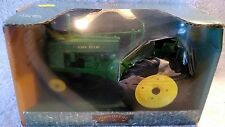 2001 Ertl Diecast 1/16 John Deere Narrow Front Model G Tractor In The box.