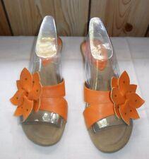 Hush Puppies Women Shoe Mules Wedge Sandals Sz 9 Slip on Orange Soft Flowers Low