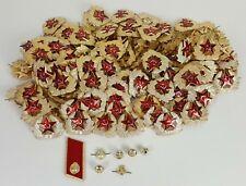 COLLECTION DE 140 INSIGNES MILITAIRES RUSSE POUR USHANKA CAP. CIRCA 1950.