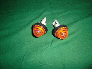 Fiat X1/9 Pair of Indicators Side New