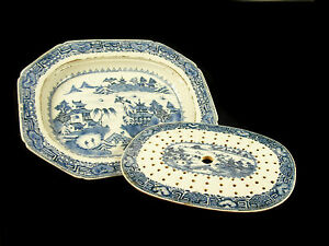 Large Dish Octagonal With His/Her Drainer Blue/White China 18th Wide China Dish