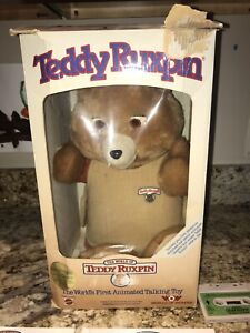 Teddy Ruxpin 1985 Talking Animated Bear In Original Suit Vintage Tapes Books