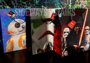 STAR WARS HOLOGRAPHIC HOLIDAY GIFT BAG Christmas bags bb8 stormtrooper kylo holo