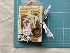 Mini Junk Journal Embellishment folder - Pockets tags Vintage Shabby style