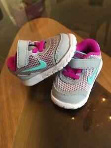 Nike Baby Girl Trainers 2.5