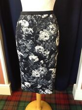 Marc Cain Black/Grey Cream Floral Stretch Pull on Skirt
